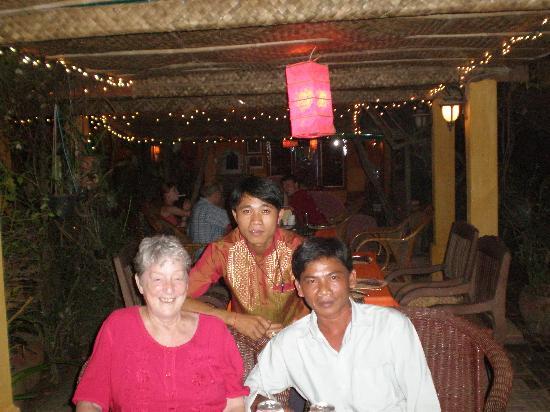 Secrets of Elephants Inn: Waiter and Guide