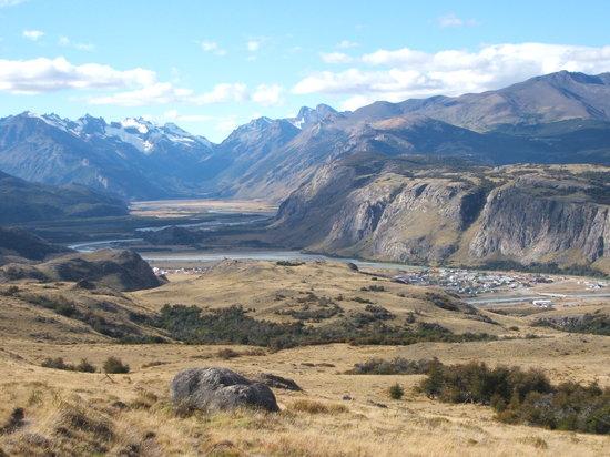 El Chalten village - trekking