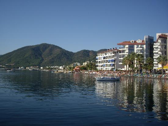 Elegance Hotels International, Marmaris : Along beach front Marmaris