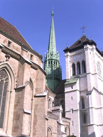 Ginebra, Suiza: Beauté de l'eglise et du style architectural de Genève