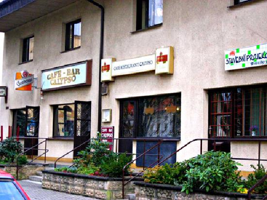 Tuchlovice, Czech Republic: Calypso cafe-bar next to hotel