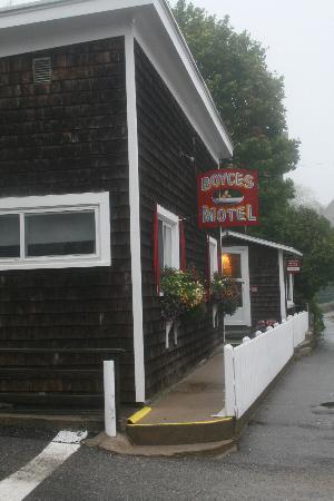 Boyce s Motel: Front of hotel