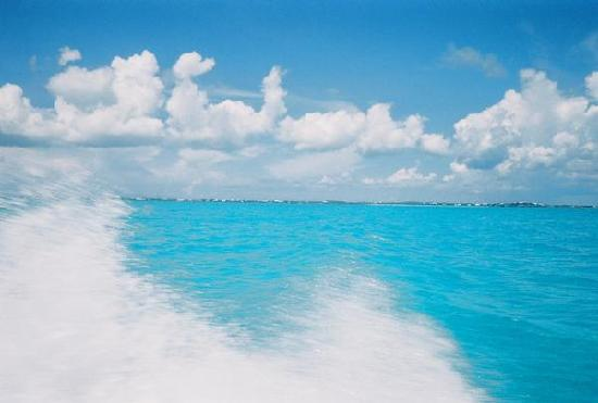 Providenciales: view from the boat
