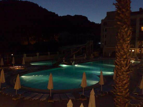 Grand Pasa Hotel : teh pool area at night - lovely.