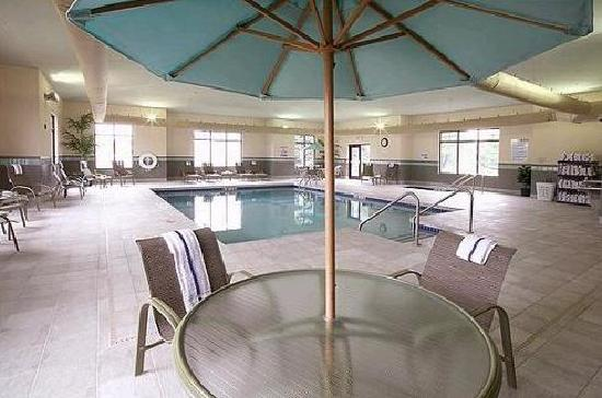 Holiday Inn Express Hotel & Suites Madison-Verona : Have Fun in the Large Heated Indoor Pool