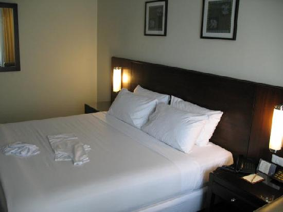 Dynasty Grande Hotel : comphy large beds