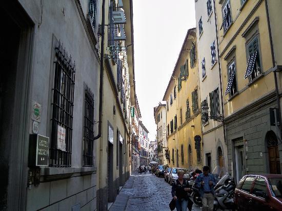 Hotel Monica: via faenza, hotel on left