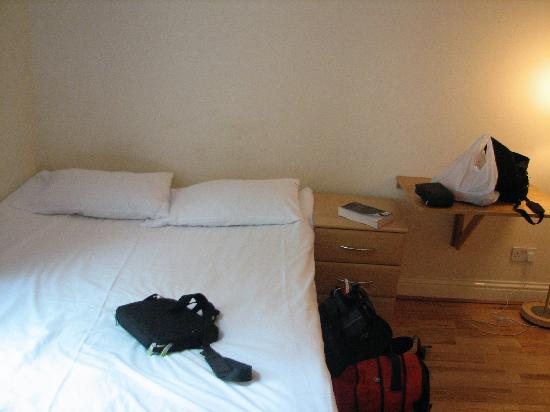 Earls Court Studios: sleeping arrangements