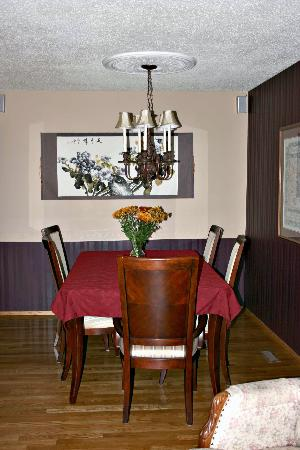 English Bed, Breakfast and Day Spa: Dining Room