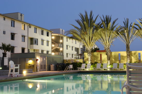 Summer Inn at UCSB