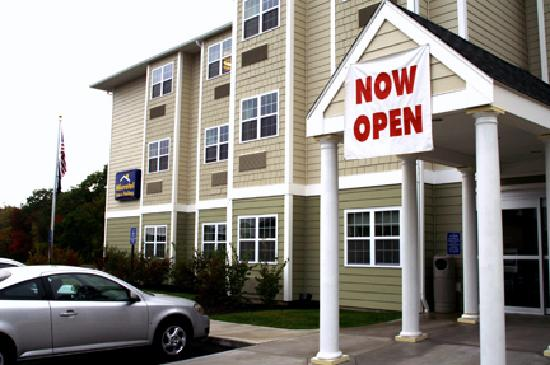 Microtel Inn & Suites by Wyndham York : Microtel Inn & Suites @York, ME