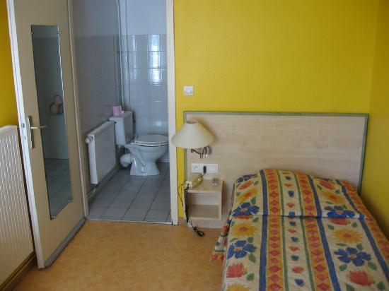 Hotel Arc-En-Ciel : Standard room