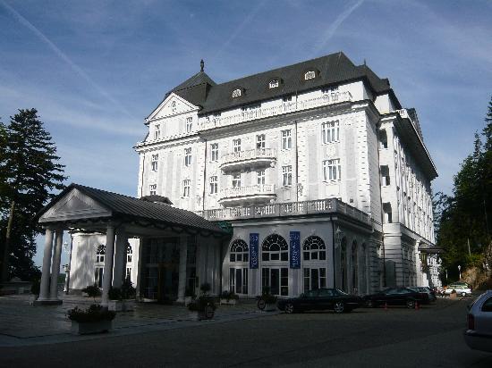 Esplanade Spa & Golf Resort : entrée de l'hôtel