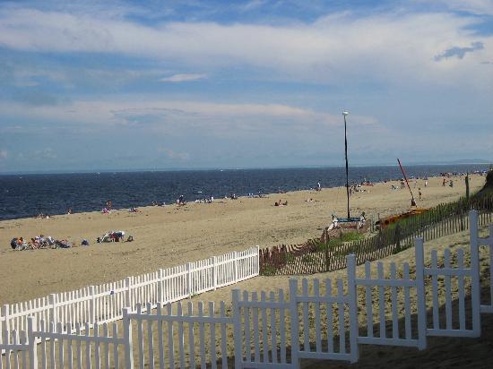 Blue - Inn on the Beach: the beach
