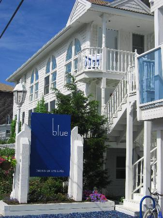 Blue - Inn on the Beach: front entrance
