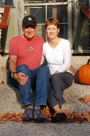 Korner Kottage Bed & Breakfast: Owners -Jim & Linda Munro