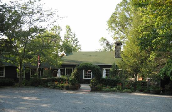 The Lodge on Lake Lure: main lodge