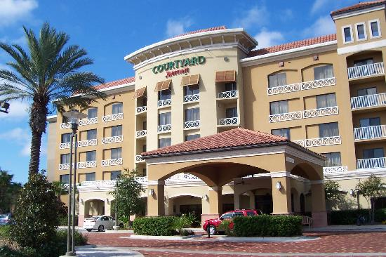 marriott picture of courtyard sandestin at grand boulevard destin tripadvisor. Black Bedroom Furniture Sets. Home Design Ideas