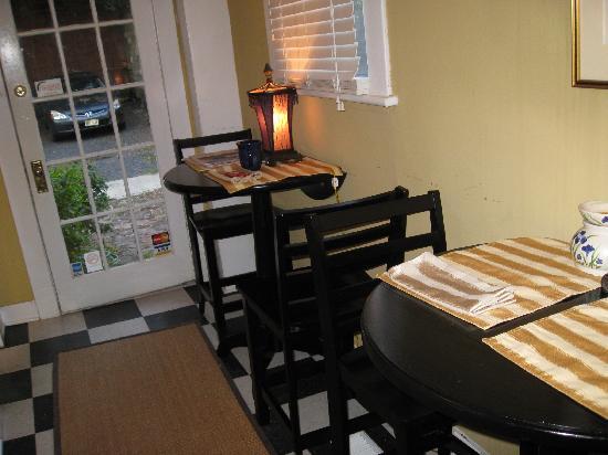 Palmer's Pinckney Inn: Lobby