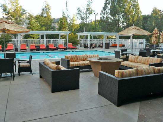 Pleasanton Marriott Outdoor Fireplace And Lounge Near Pool
