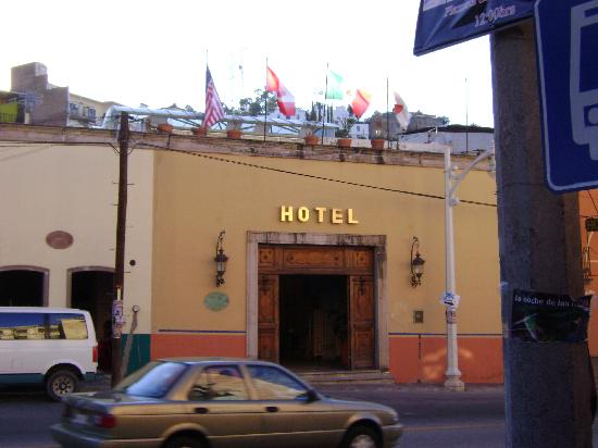 Casa Magica Hotel: front of hotel