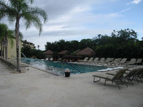 Four Seasons Resort Punta Mita: The adult only Tamai pool