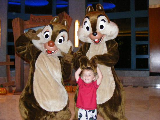 Disney's Hollywood Hotel: Chipmunks with one of the Kids