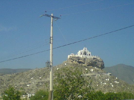 Parras de la Fuente, Mexico: Iglesia del Santo Madero construida sobre un cerro