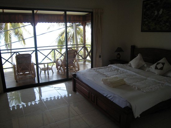 Minang Cove Resort: deluxe room