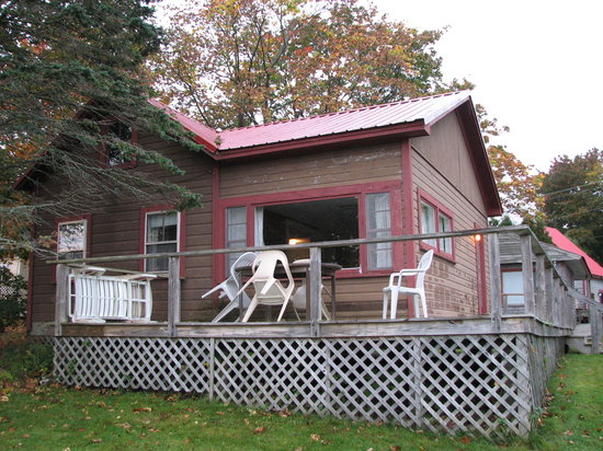 Harbor View Motel And Cottages : Our cottage