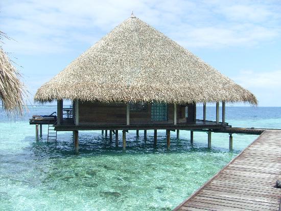 โรงแรมอดารัน คลับ รันนาลิ: ouw Water bungalow