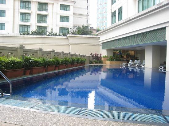 โรงแรมริทซ์ คาร์ลตัน กัวลาลัมเปอร์: Pool