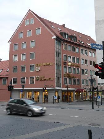 City Partner Hotel Goldenes Rad: Hotel von der Straßenseite