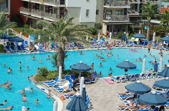 Family Life Side by Barut Hotels: Poolarea