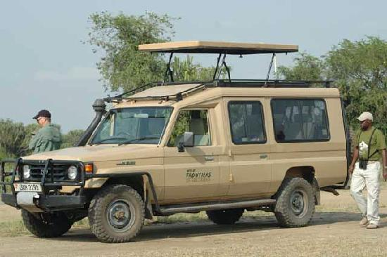 Уганда: Toyota Land Cruiser Uganda