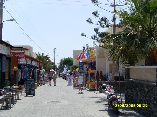 Hotel Anastasia Santorini: Shopping in Kamari