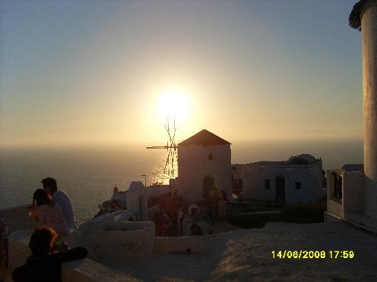 Hotel Anastasia Santorini: Sunset at Oia