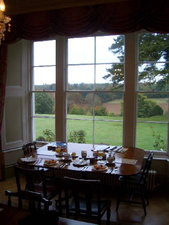 The Old Vicarage: Breakfast in a room with a view