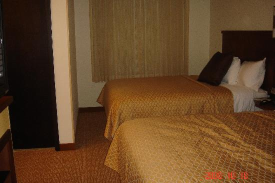 Malta, NY: the double beds bedroom