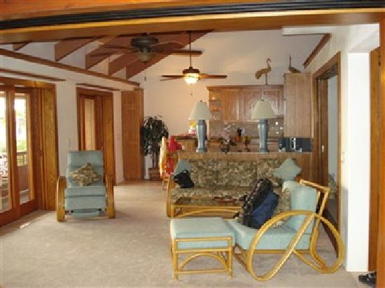 Kona Seaspray: Living Room