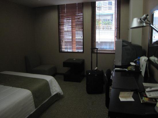 Metro Hotel: la chambre au 8ème étage
