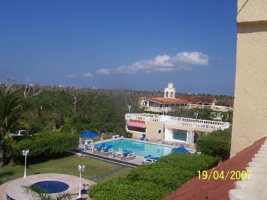 Villablanca Garden Beach Hotel: garden view