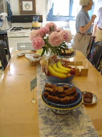 Beech Tree Inn- Brookline: Sample of food available all day