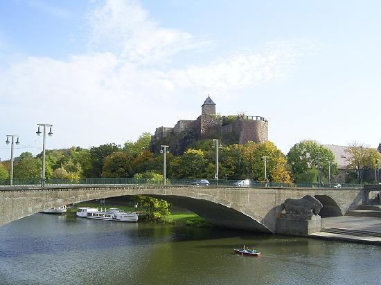 Halle (Saale), Germany: ザーレ河畔で最も古い城 ギービッヘンシュタイン