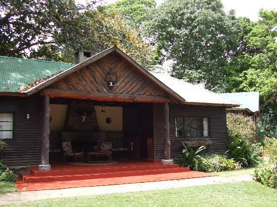 Mount Meru Game Lodge & Sanctuary: Accommodation unit - 2 bedrooms