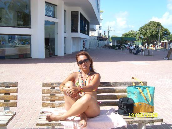 Hotel Blue Tone: junto a la playa en la avenida peatonal, para que mas