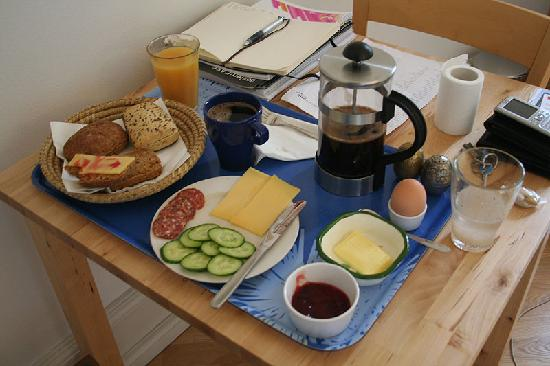 Copenhagen International B&B: Breakfast on Sunday