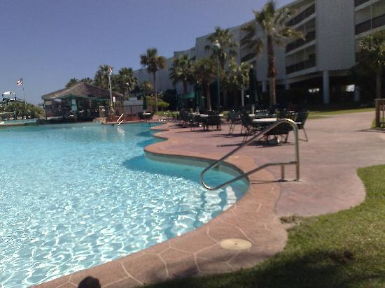 Port Royal Ocean Resort & Conference Center: Te lower of the 3 Pools