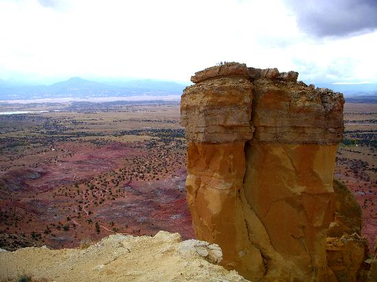 Abiquiu, Нью-Мексико: View from Chimney Rock