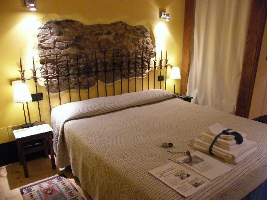 La Casa del Bambero: Upstairs bedroom (queen bed?)